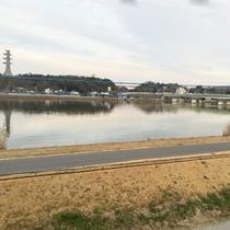 *【客室/眺望】霞ヶ浦を望める部屋もございます。湖畔の四季の変化が楽しめます。