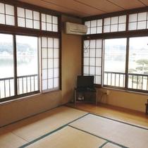 *【客室/和室】落ち着いた雰囲気の和室のお部屋。旅の楽しい時間をお過ごし下さいませ。