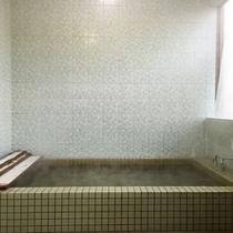 *【風呂】足を伸ばして、ゆっくりお入りください。