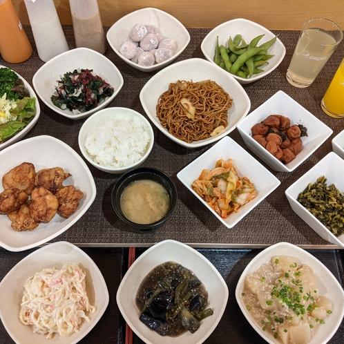 夕食バイキング (一例)