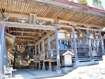 【鵜鳥神社】源義経が参拝したとの伝説も残っています。