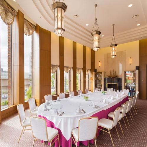 ■施設■パーティ、会議など、用途に合わせ使用できる宴会場もご用意