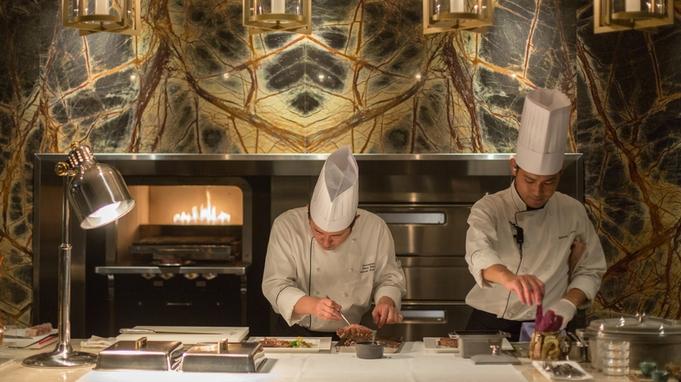 【ハイアット那覇で最高の贅沢】世界三大珍味と国内最上級和牛コースの夕食付@MILANO GRILL