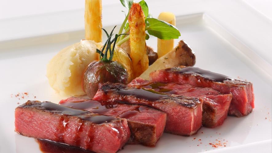 【MILANO】料理長自らが国内外から厳選した上質なビーフをご堪能ください