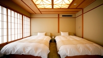 飛天館 和室ベッドルーム ベッド部分