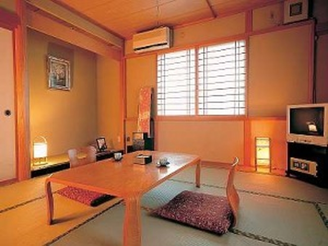 足を伸ばしてのんびり和室