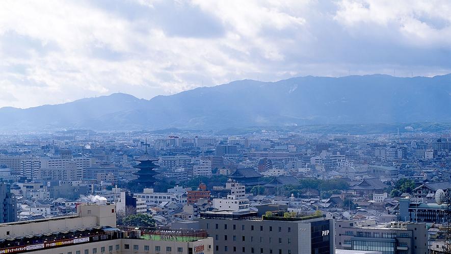 客室からの眺望-東寺方面