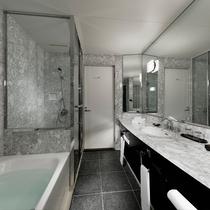 バスルーム(セミスイートルーム)