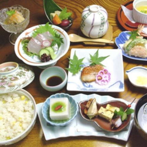夕食コース(一例)
