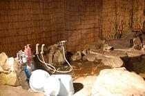 露天風呂の体洗い場