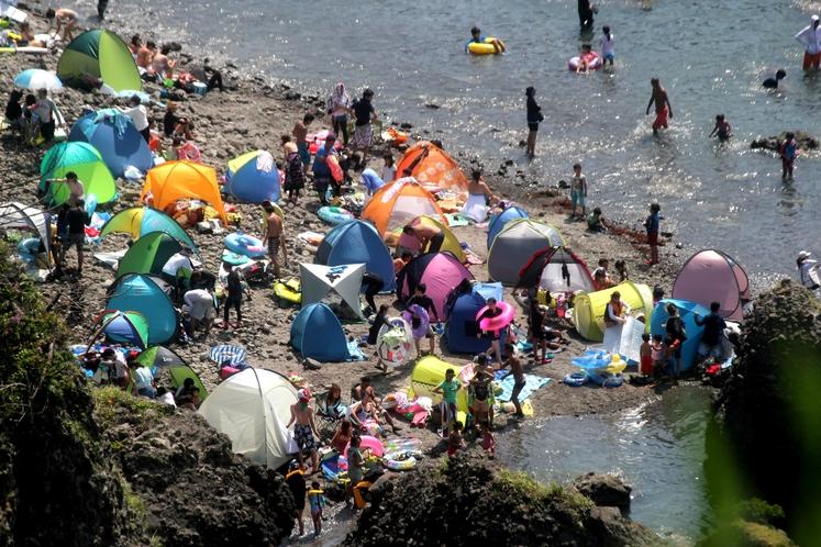 ヒリゾ浜テント