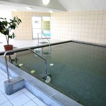 【大浴場】疲労回復に効果があると言われる単純アルカリ温泉です