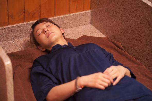 【美味旬旅】旭川駅近ホテルで北海道朝食と天然温泉『みなぴりかの湯』&6種類の岩盤浴で癒し体験♪