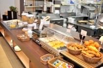 【北海道朝食バイキング】パンコーナー
