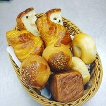 今朝の朝食のパン♪