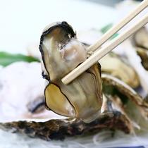 蒸し牡蠣◆お好みでレモンをかけてお召し上がりください