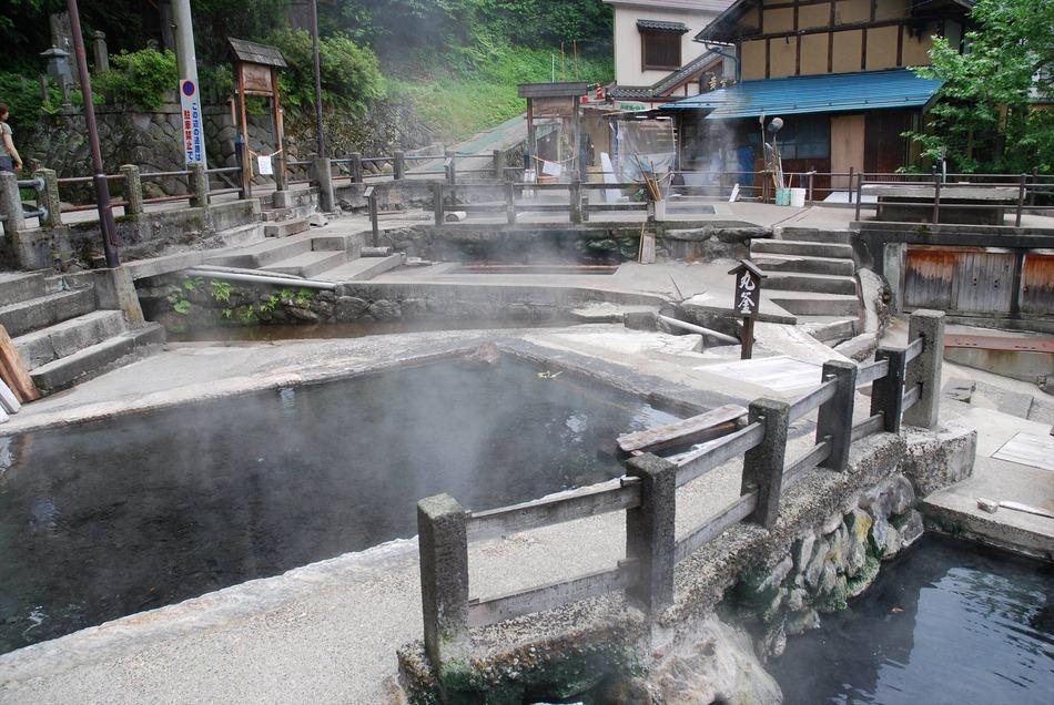 源泉麻釜(おがま)002