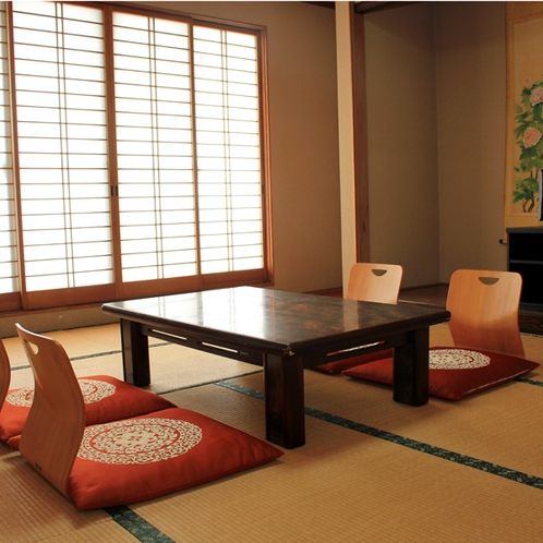 11畳の広々とした和室です。ゆったりとお寛ぎくださいませ。
