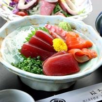 お料理一例◆鮮度が違う!その日に揚がった魚介の刺身