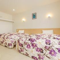 *客室一例/幅1.5m以上の大きなベッドは最大4名まで対応!