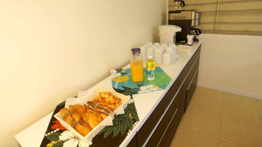 *朝食サービス/ご提供時間は7時~9時までとなります