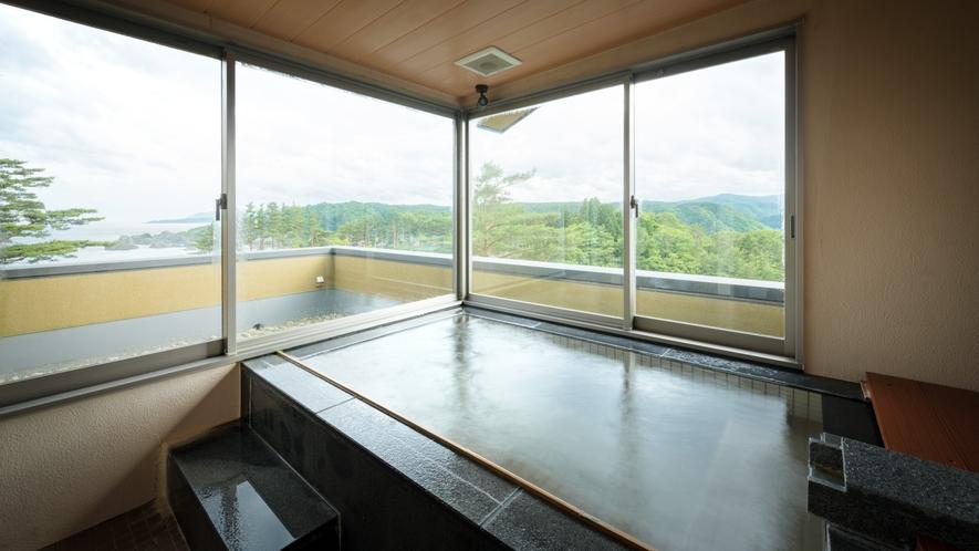 【貸切風呂】天望風呂・内湯/内風呂ながらも眺望は抜群のプライベート空間。 ※温泉ではございません
