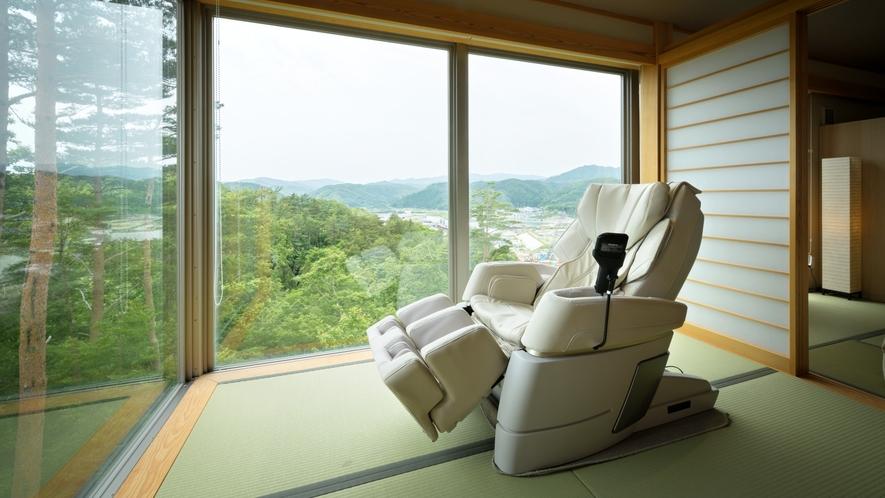 【次郎の庵・2階】20帖の露天風呂付きモダン和洋室◆マッサージチェアで癒されながら景色を堪能