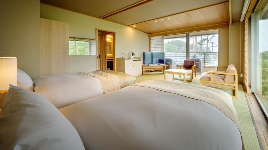 【次郎の庵・1階】14帖の露天風呂付きモダン和洋室◆ツインベッド(セミダブル)をご用意しております。