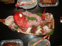 【夕食一例】 豪華海鮮船盛