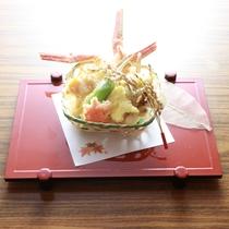 蟹料理(天婦羅の一例です)
