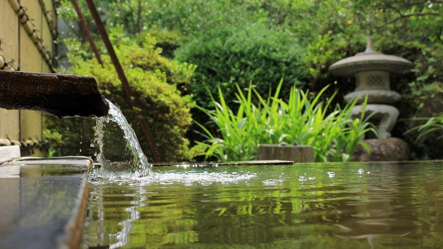 自然の中にある露天風呂は疲れを癒してくれます♪