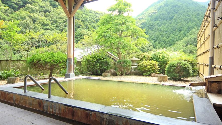 『露天風呂』静かな山間の温泉を満喫ください♪