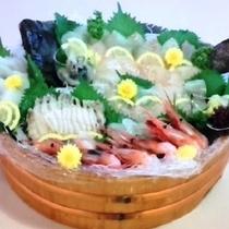 地魚の桶盛り(平目、アワビ、甘エビなど)※別注ご予約にて承ります