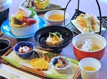 【夕食一例】料理長が腕を振るう季節が楽しめる自慢の料理!