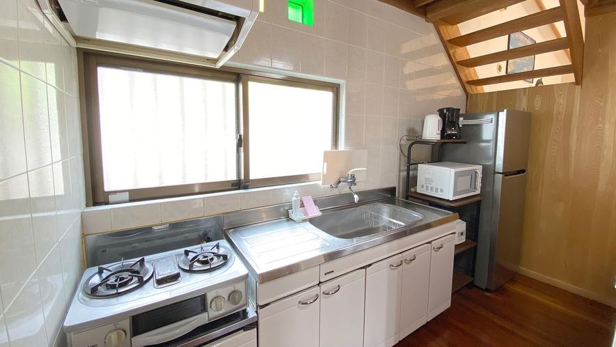 ・Cottage Aキッチン 明るいスペースです