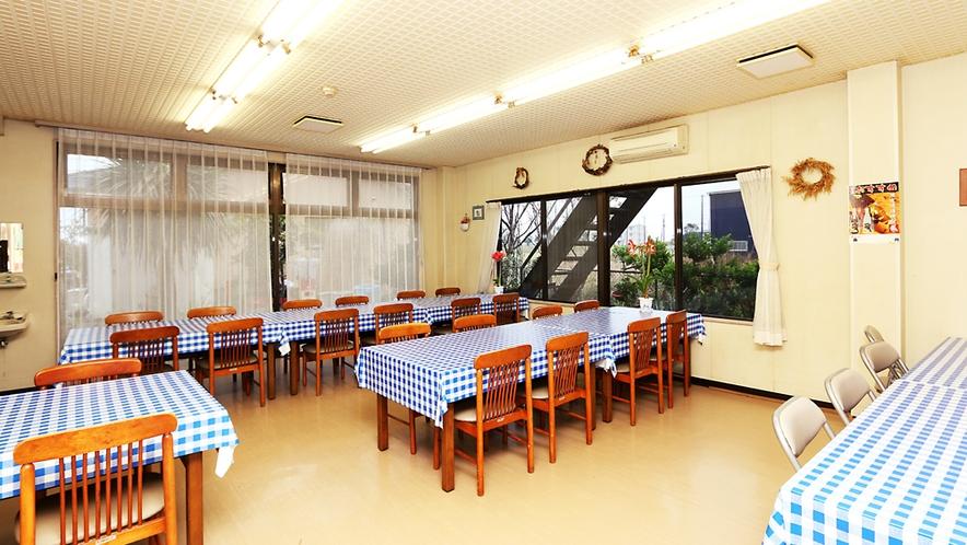 ◆こちらは東松館の食堂です!朝食はこちらでお召し上がりください♪