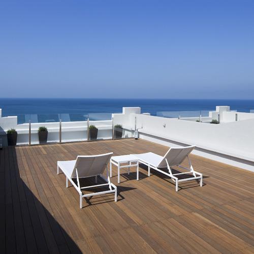 【お部屋のテラス】玄海灘を眺めながらゆったりと休日をお過ごしください
