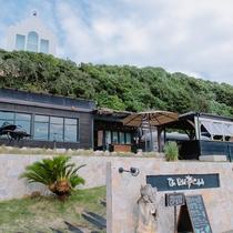 【The Palm Beach Club】グレージュプロデュースの海カフェ