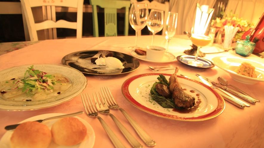 当館料理人小泉シェフの自慢のフレンチをお召し上がりください。