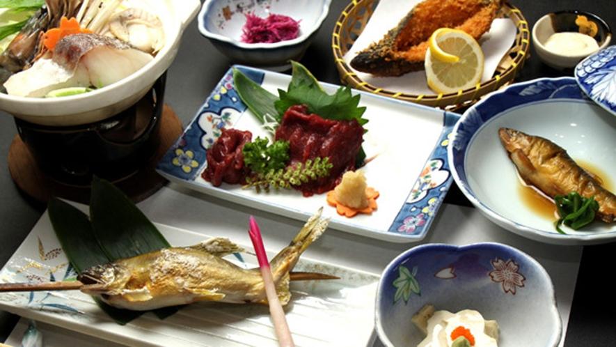 ■馬刺しに那珂川のアユ料理一例♪