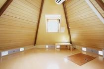 ツリー型ハウス室内