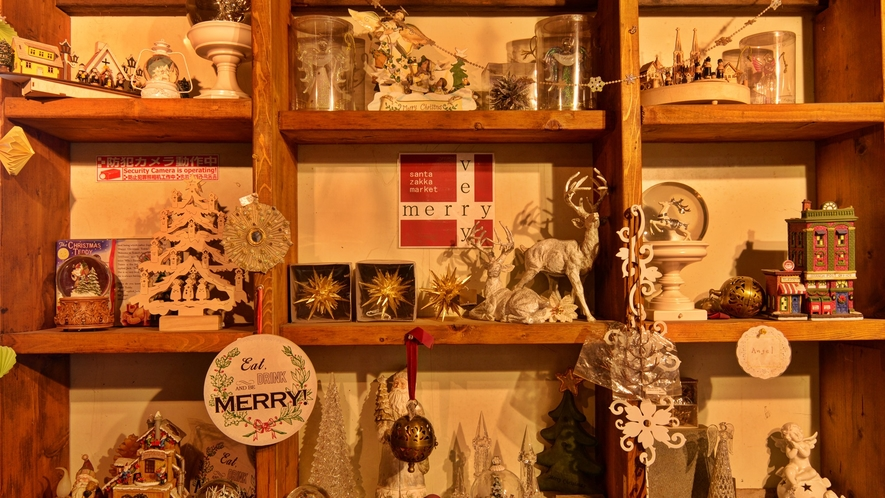 *【santa-zakka market VeryMerry】通年個性豊かな作品も揃っています