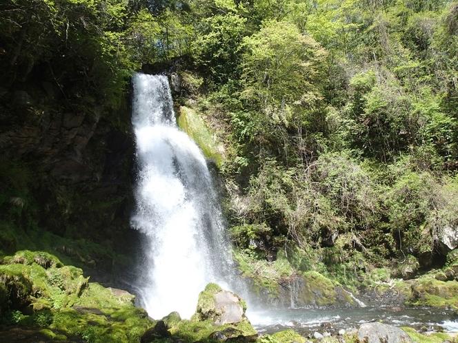 尾ノ島の滝