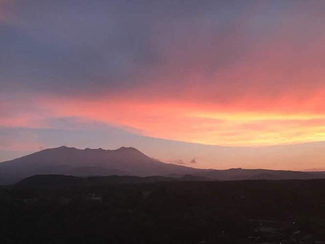 木曽御嶽山の夕焼け