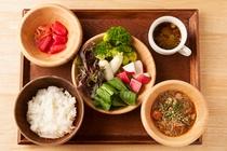 【都野菜 賀茂】Japanese Buffet Restaurant 徒歩1分 1min Walk