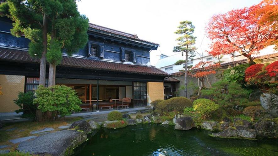 【甲斐本家蔵座敷】喜多方市は数多くの蔵がある全国有数の「蔵のまち」です。