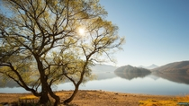 【桧原湖】磐梯高原の中心に位置する最大の湖。