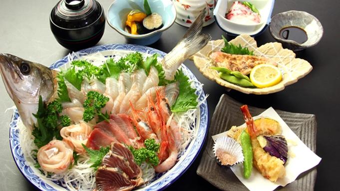 旬の海の幸・刺身盛りドーン!!!新鮮な海鮮なら登喜丘荘で決まり☆