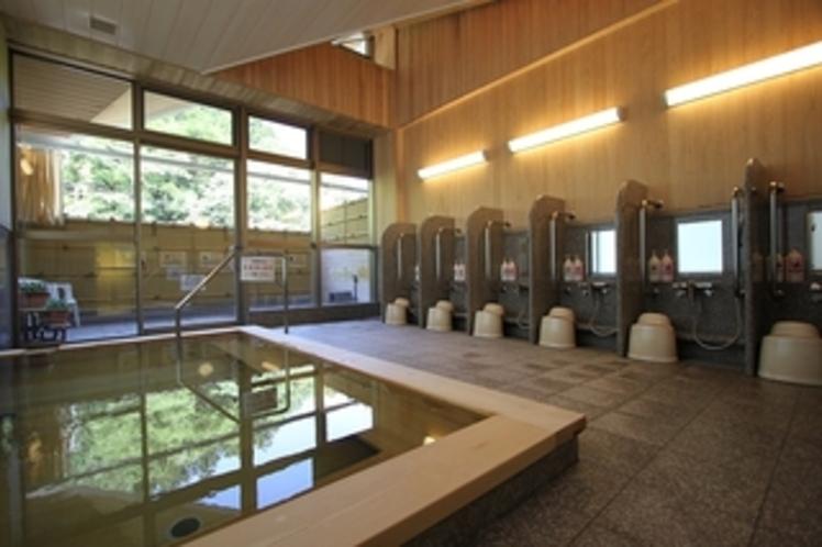 本館大浴場(桧風呂)