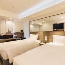 【ツインルーム】2~13F・14㎡・シングルベッド90-107cm幅2台